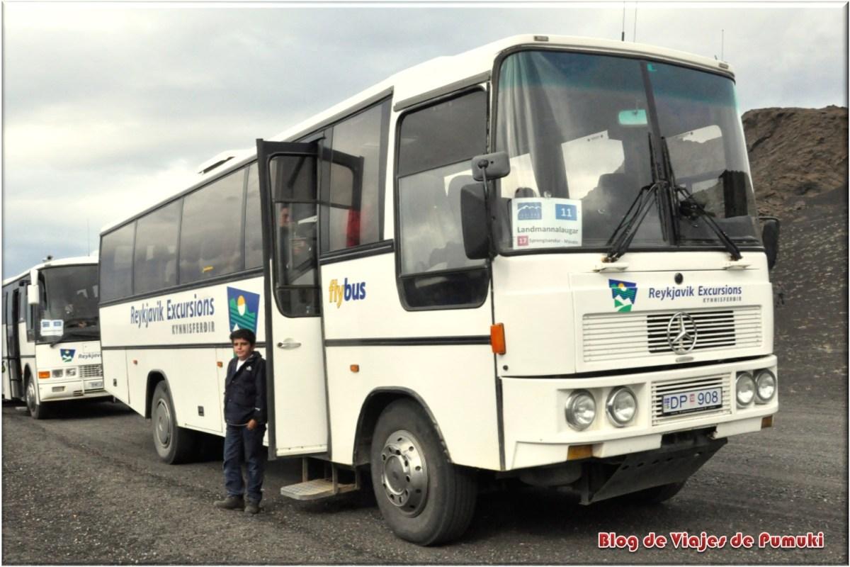Autobus a landmannalaugar