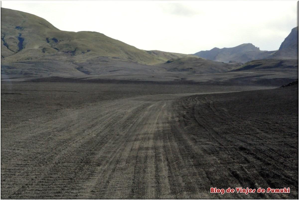 Pistas  de acceso a landmannalaugar, Islandia