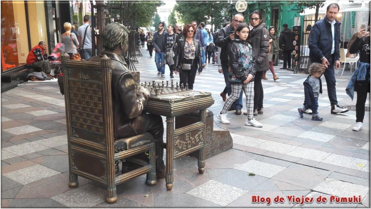 Estatua Humana, Jugador de Ajedrez en calle Arenal, Madrid