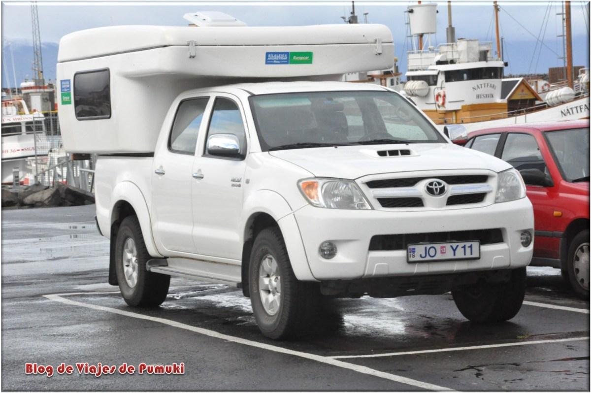 Autocaravana todoterreno en Islandia