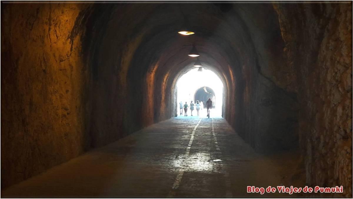 Los túneles del Rincón de la Victoria