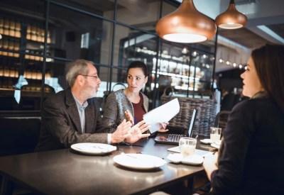 veja como superar a crise e manter seu restaurante saudável financeiramente