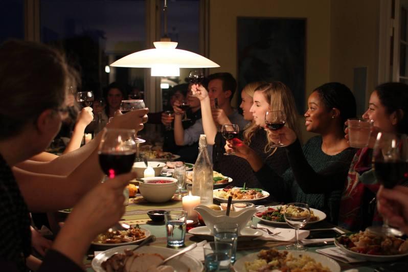 studerende fejrer thanksgiving