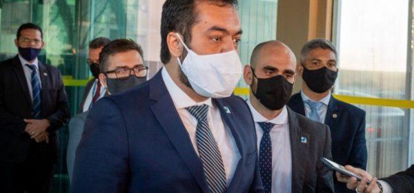 Governador em exercício do Rio, Cláudio Castro, é citado em caderno apreendido com réu na Operação Catarata
