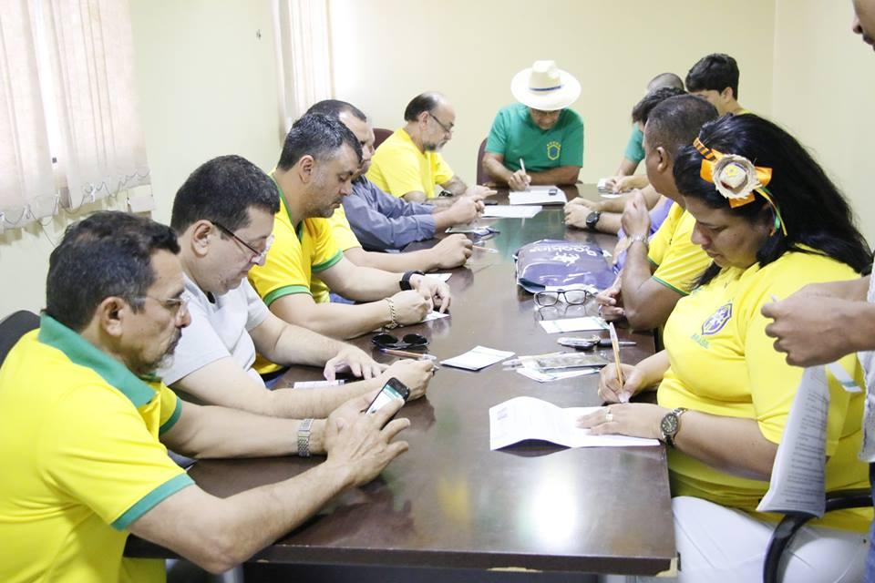 Câmara de Vereadores realiza oitava reunião extraordinária