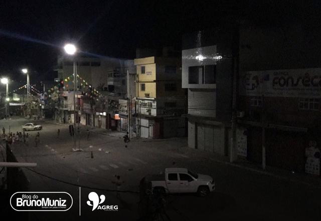 Em Surubim, bandidos explodem quatro agências bancárias