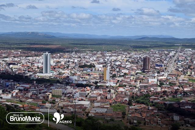 Eleições 2018 – Pesquisas que apuram intenções do eleitorado ganham as ruas de Santa Cruz do Capibaribe