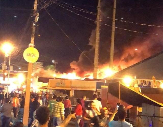 São João de Campina Grande é suspenso após incêndio no Parque do Povo