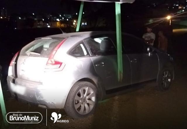 Ladrões fogem e colidem com veículo de vítima em Santa Cruz do Capibaribe