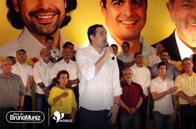 Em Santa Cruz do Capibaribe, Paulo Câmara reúne aliados e prepara terreno em busca de reeleição