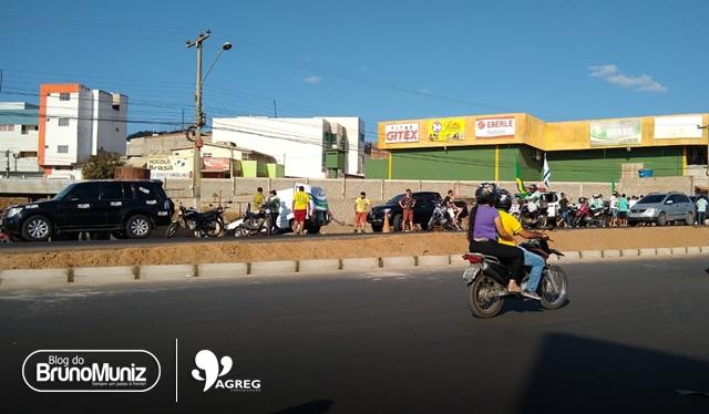 Apoiadores de Jair Bolsonaro realizam mais um ato de campanha em Santa Cruz do Capibaribe