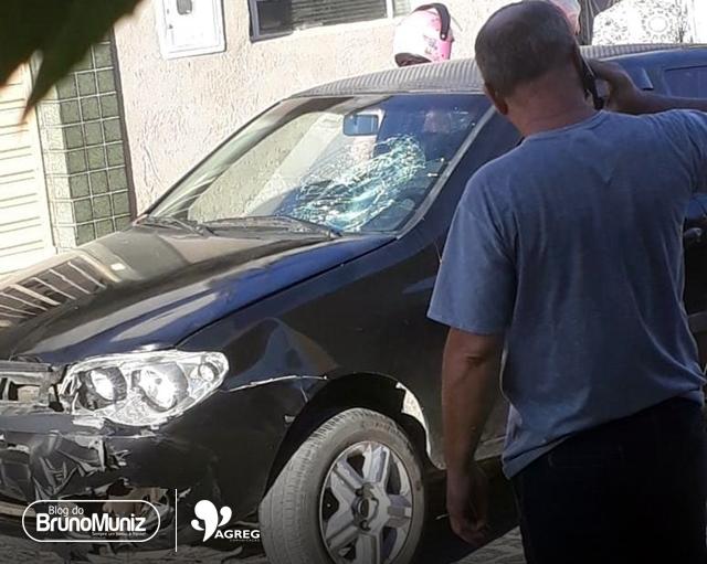 Jovem fica ferida após acidente no Dona Lica, em Santa Cruz do Capibairibe