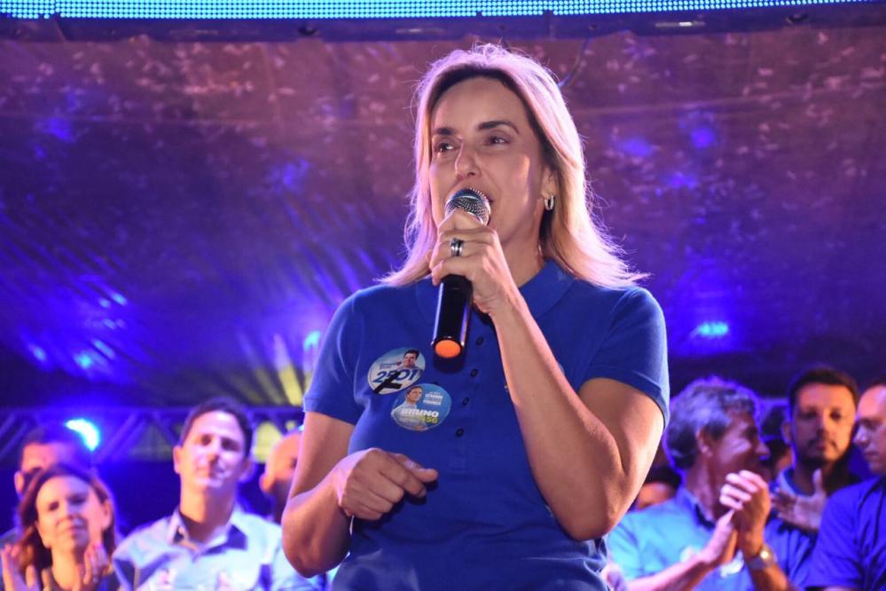 Alessandra Vieira – Primeira mulher deputada estadual eleita em Santa Cruz do Capibaribe