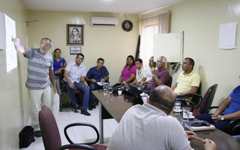 Comissão dos Bairros realiza quinta reunião para debater questões técnicas