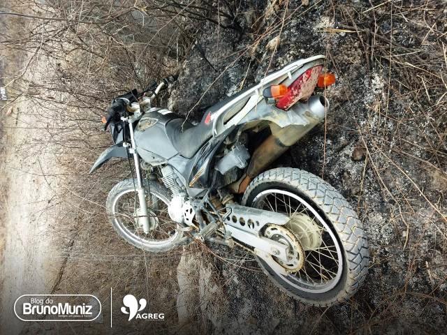Motocicleta é encontrada abandonada na cidade de Gravatá, Agreste de Pernambuco