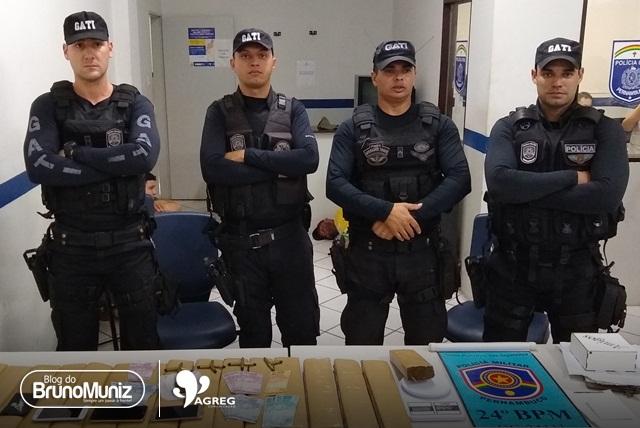 Dupla é detida com mais de 22 quilos de maconha e munições em Santa Cruz do Capibaribe