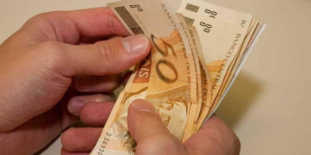 Termina nesta sexta-feira prazo para pagamento da primeira parcela do 13º salário