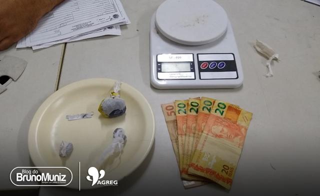 Após denúncia, mulheres são detidas por tráfico de drogas em Santa Cruz do Capibaribe