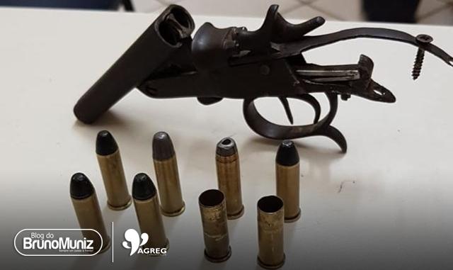 Arma de fogo usada em assassinato é apreendida na zona rural de Taquaritinga do Norte