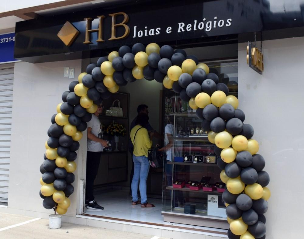 Blog Comércio – Loja HB Joias e Relógios realiza aniversário de 2 anos
