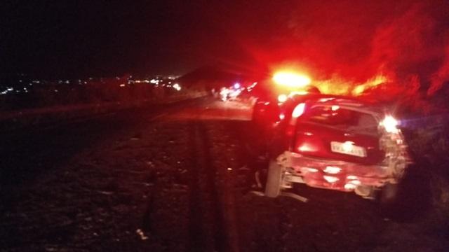 Três pessoas morrem em colisão envolvendo carro de passeio, ônibus e caminhão no Agreste Pernambucano