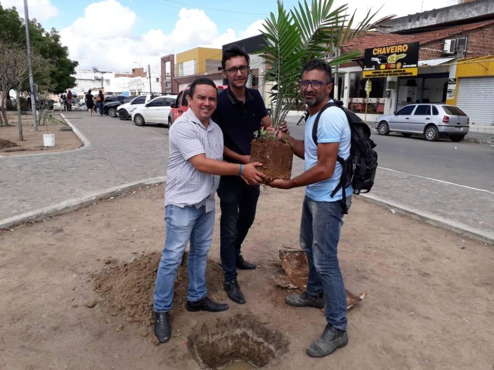 Santa Cruz do Capibaribe implanta programa Cidade Mais Verde