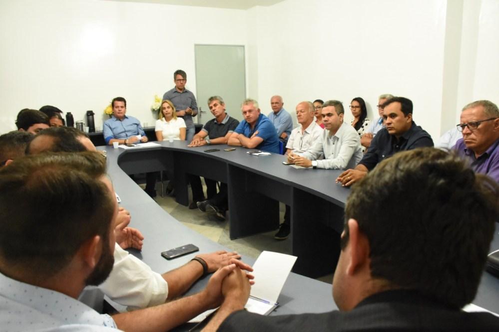 Edson Vieira realiza mudanças na administração municipal