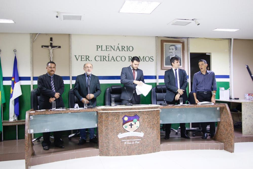 Vereadores direcionam discursos para Audiência Pública com a Celpe na próxima quarta-feira