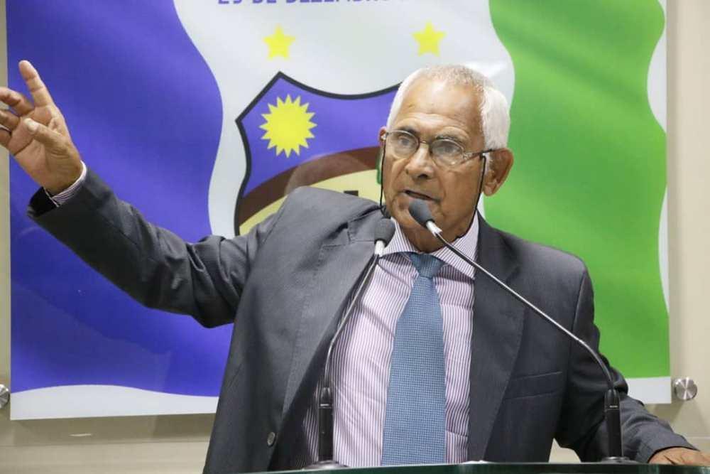 Em nota, Zé Minhoca se mostra insatisfeito com nova presidência da câmara