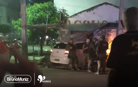 Policial Civil sofre tentativa de assalto e acaba colidindo veículo em Santa Cruz do Capibaribe