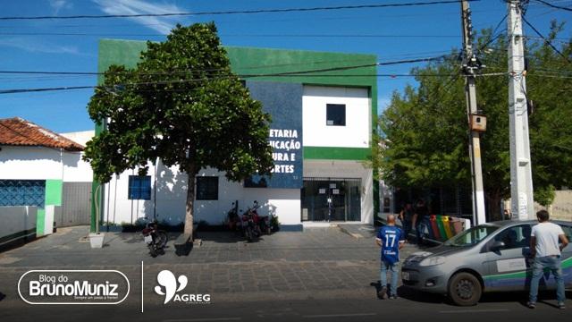 Caixa eletrônico da Secretaria de Educação de Santa Cruz do Capibaribe é alvo de criminosos
