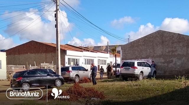 Sete pessoas suspeitas de roubo a banco foram capturadas em operação da PF e BEPI em Santa Cruz do Capibaribe