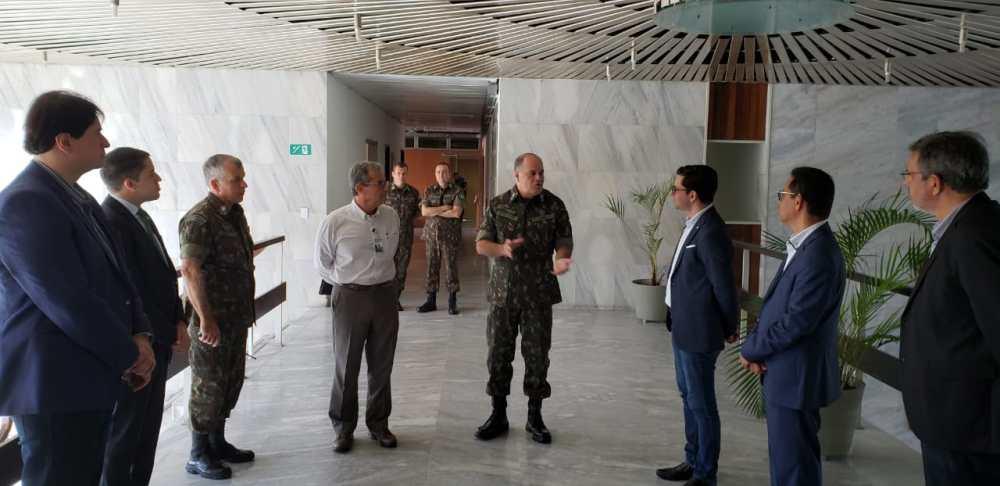 Secretaria do Trabalho e Comando Militar do Nordeste querem capacitar jovens militares