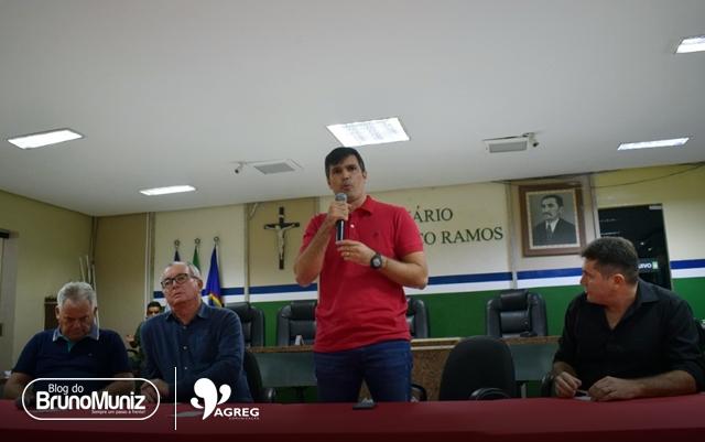 2020 – Helinho recua e vai apoiar pré-candidatura de Fernando Aragão