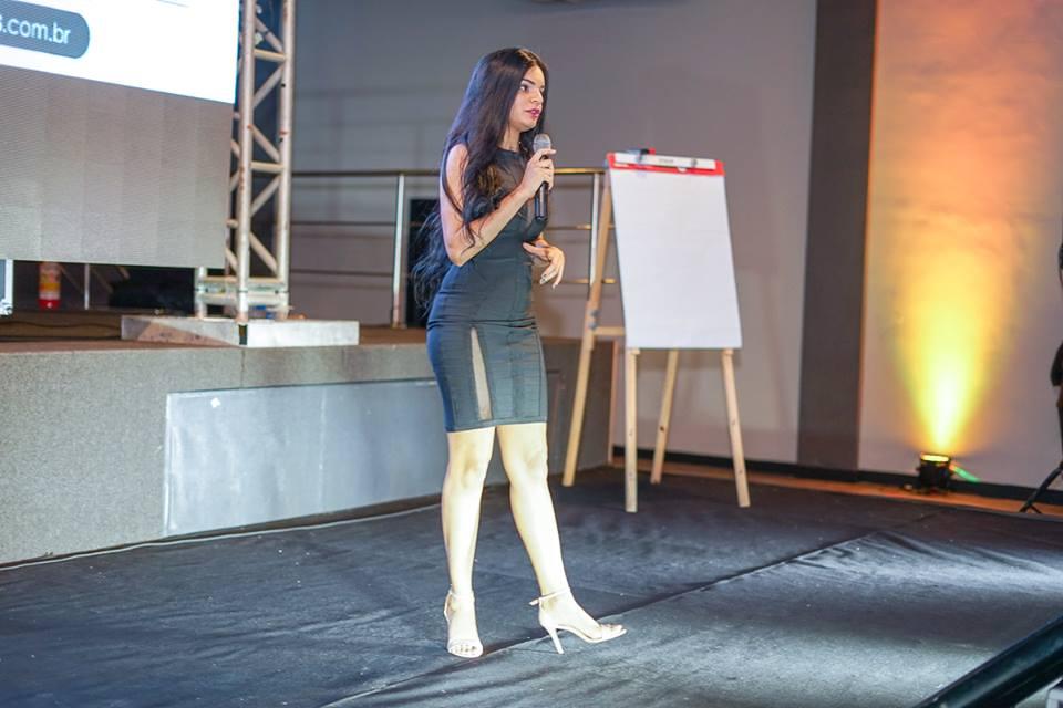 'Marketing Estratégico para Redes Sociais' será ministrado por Carol Abelha em Santa Cruz do Capibaribe
