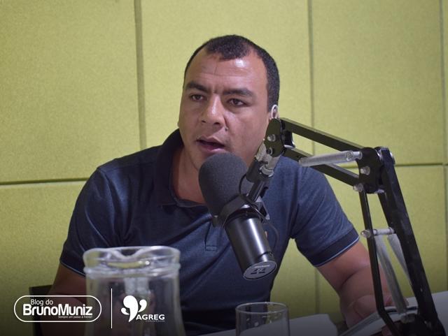 """Cidade em Foco – """"Prefeito a gente já teve muitos, Santa Cruz está na hora de ter um gestor"""", diz Capilé sobre Allan Carneiro"""