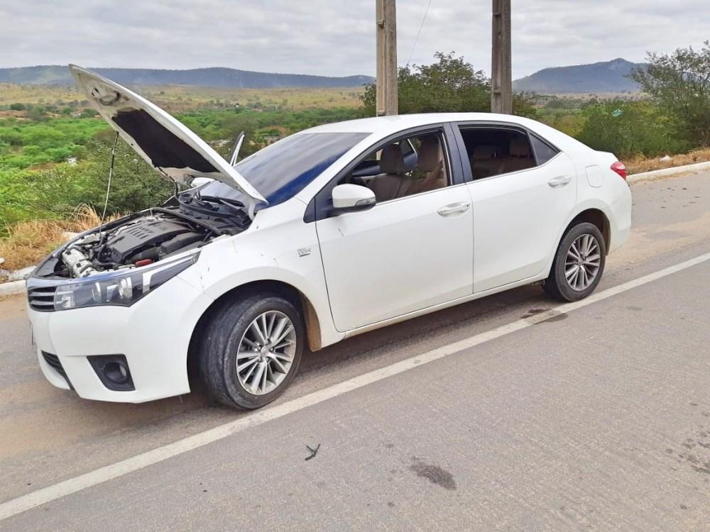Dupla é detida com carro de luxo adulterado em São Caetano