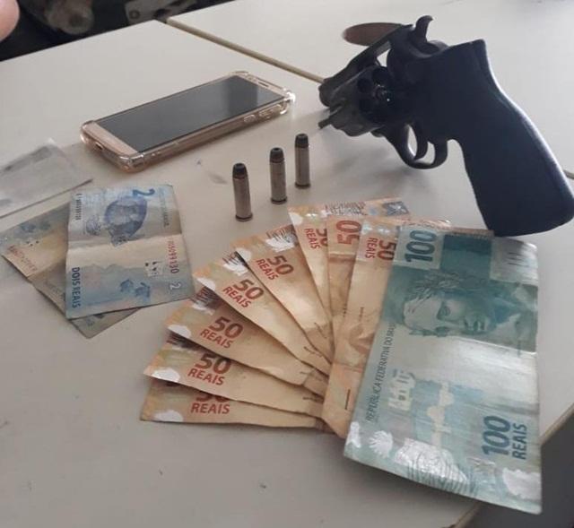 Arma de fogo é apreendida por policiais em Santa Cruz do Capibaribe-PE
