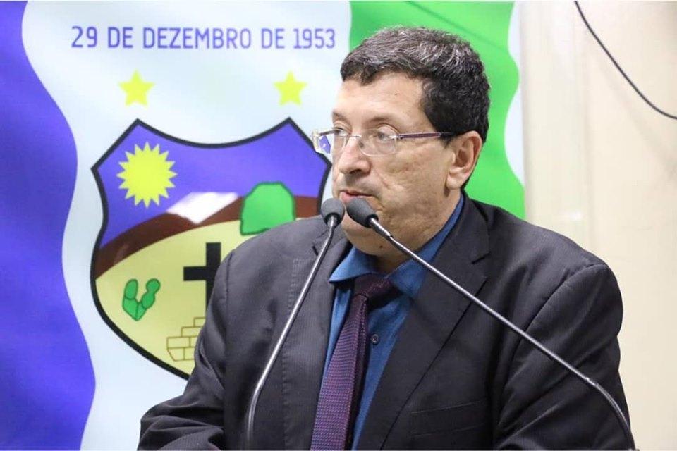 """""""O prefeito não vai recuperar o aterro sanitário"""", aponta Ernesto Maia"""