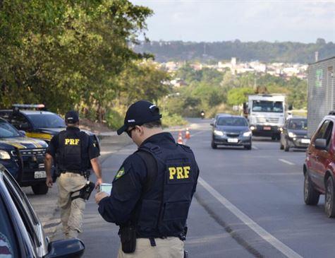 PRF registra 50 mortos e mil feridos nas estradas de todo país durante o Natal