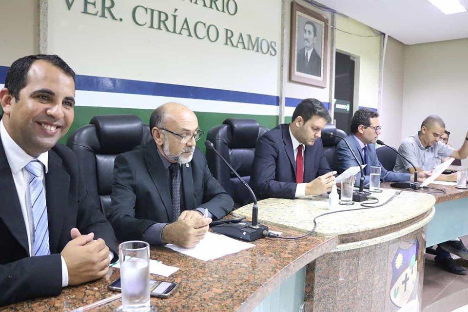 Em retorno das sessões, vereadores de Santa Cruz do Capibaribe avaliam 26 PLs e 4 PRs