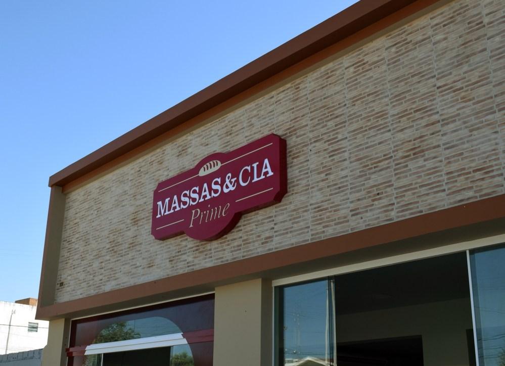 Blog Comércio – Massas & Cia Prime reinaugura em novo endereço