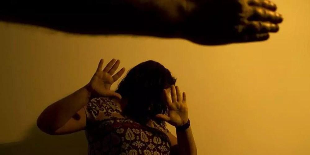 Com isolamento social, aumenta número de mulheres agredidas em Pernambuco