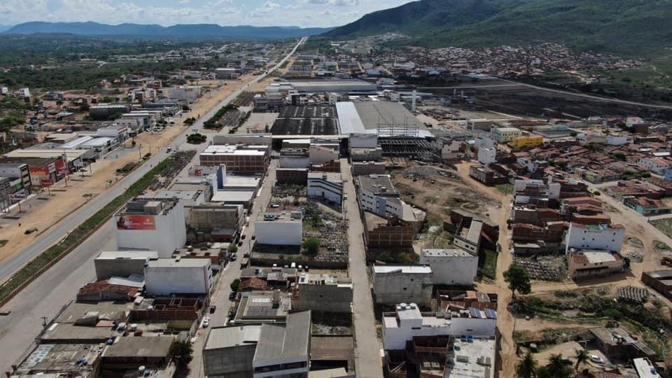 Em Toritama, prefeitura libera funcionamento de fábricas e lavanderias que atuarão em combate ao Covid-19