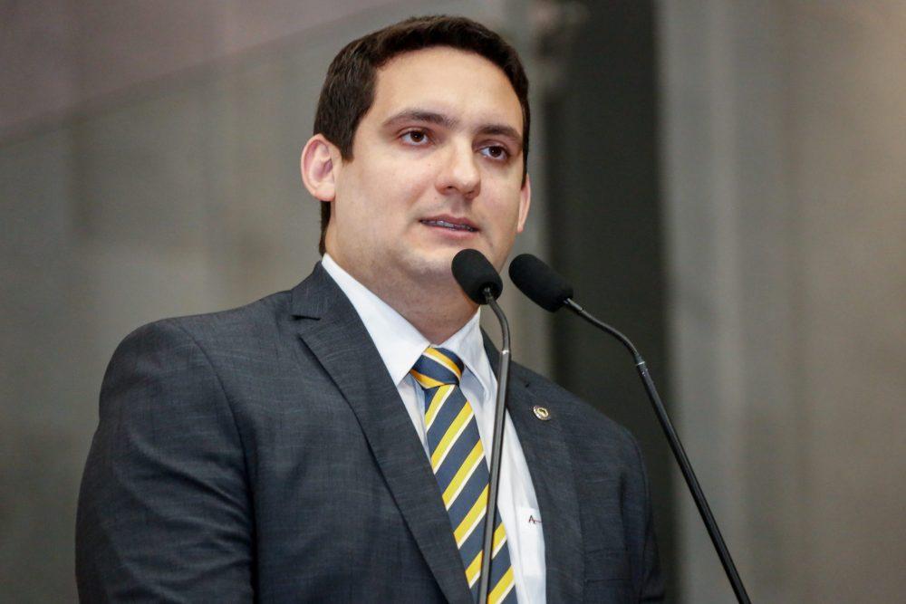 Santa Cruz do Capibaribe – Declarações do deputado Romero Albuquerque acende um alerta para o vereador Ernesto Maia
