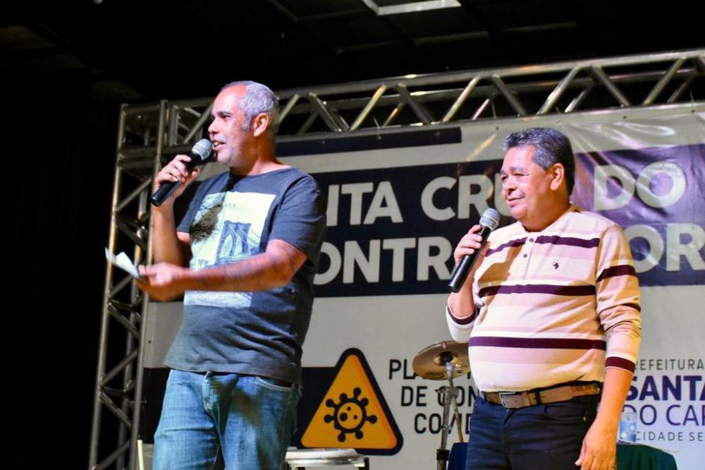 Live Bregão do Trabalhador realizada pela Prefeitura arrecada doações para famílias santa-cruzenses