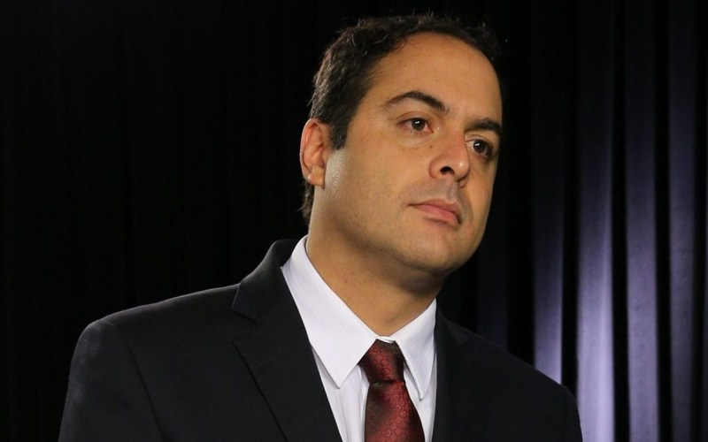 Paulo Câmara anuncia primeiros setores da economia que poderão retomar as atividades