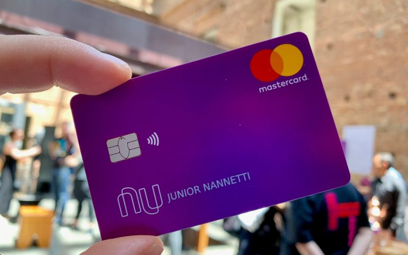 Nubank tem problemas com boletos da Caixa e recebe reclamações de usuários