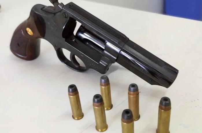 Polícia detém homem que portava arma de fogo ilegalmente em Taquaritinga do Norte