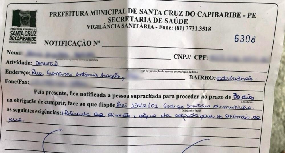 Em Santa Cruz do Capibaribe internautas se revoltam após mulher ser notificada por alimentar animais abandonados